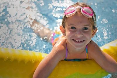 Jak nauczyć dziecko pływać? - PORADY EKSPERTA