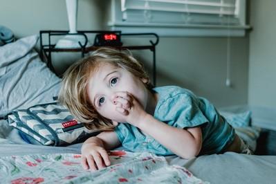 BOSTONKA choroba dziecięca – OBJAWY, jak się można zarazić? Czy to choroba bostońska? SPRAWDŹ