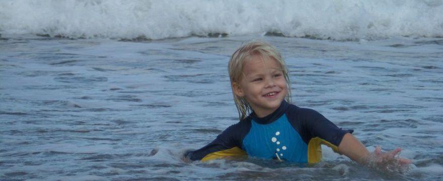Gdzie wyjechać z dzieckiem nad morze? Tych miejsc nie możesz przegapić