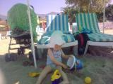 cieple morze...ale Szymon woli plażę:)